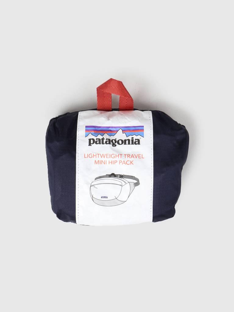 Patagonia Patagonia LW Travel Mini Hip Pack Classic Navy w Mojave Khaki 49446