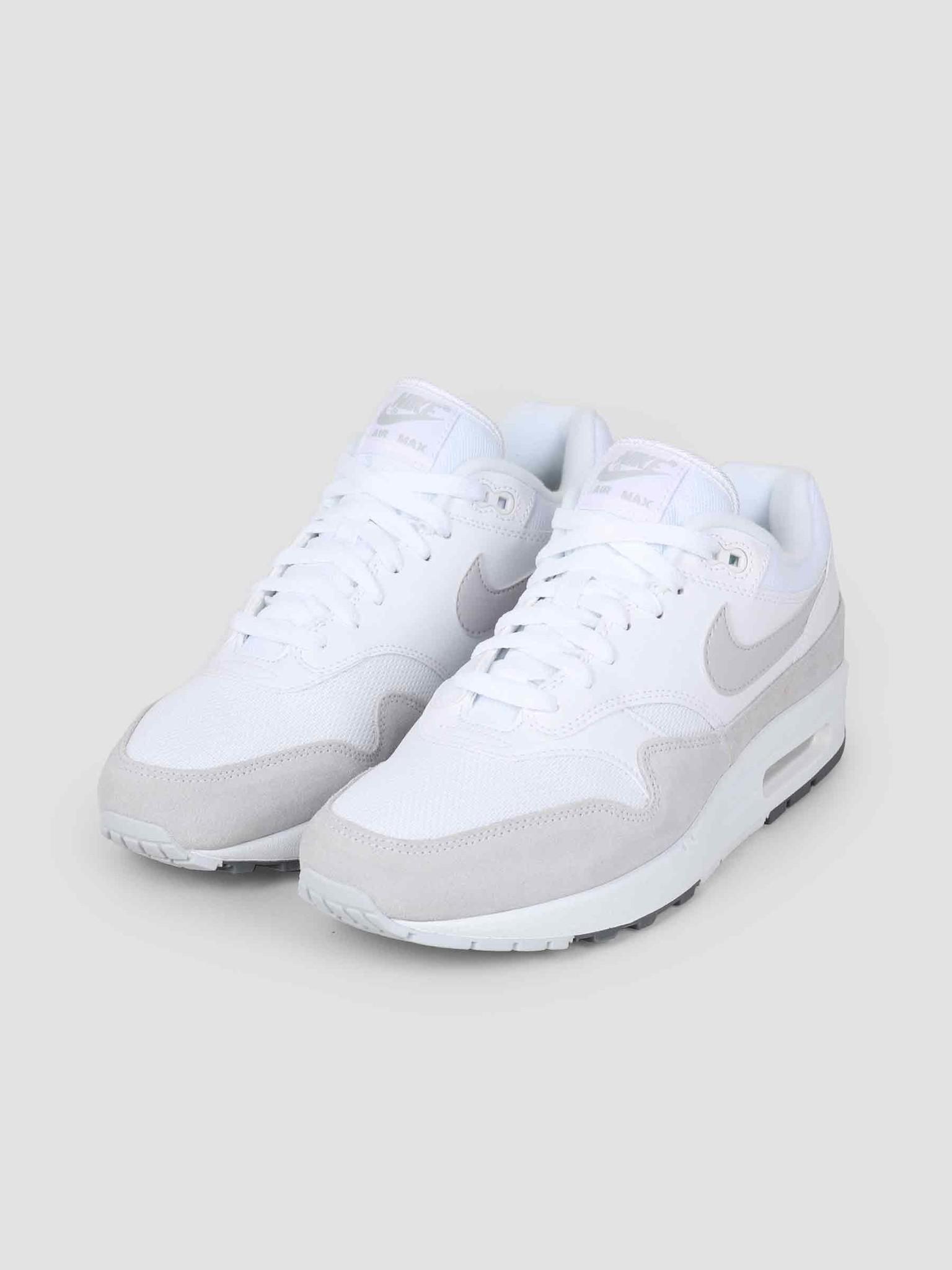 online retailer f00fe 57ccb Nike Nike Air Max 1 Shoe White Pure Platinum Cool Grey AH8145-110