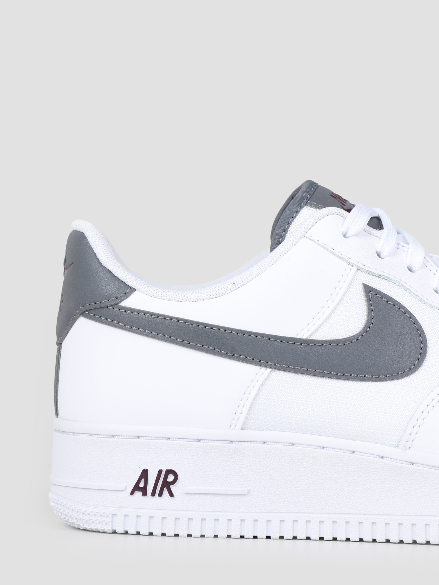 Nike Nike Air Force 1 '07 Lv8 White Cool Grey-Night Maroon Bv1278-100