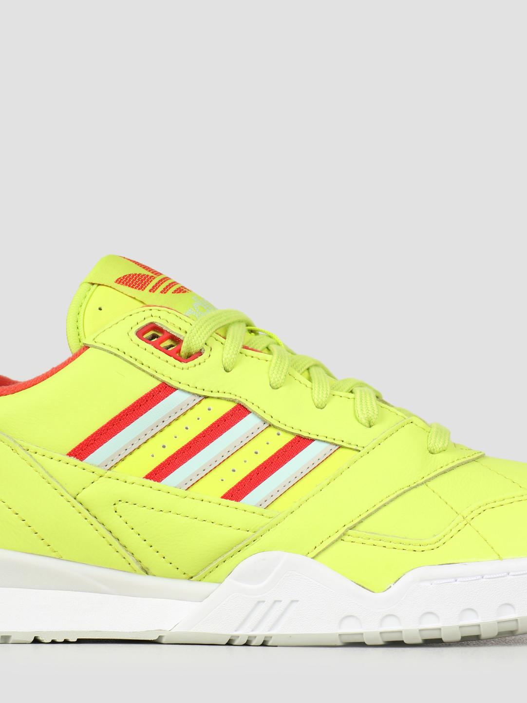 adidas adidas A.R. Trainer Sesoye Lusred Vapgrn DB2736