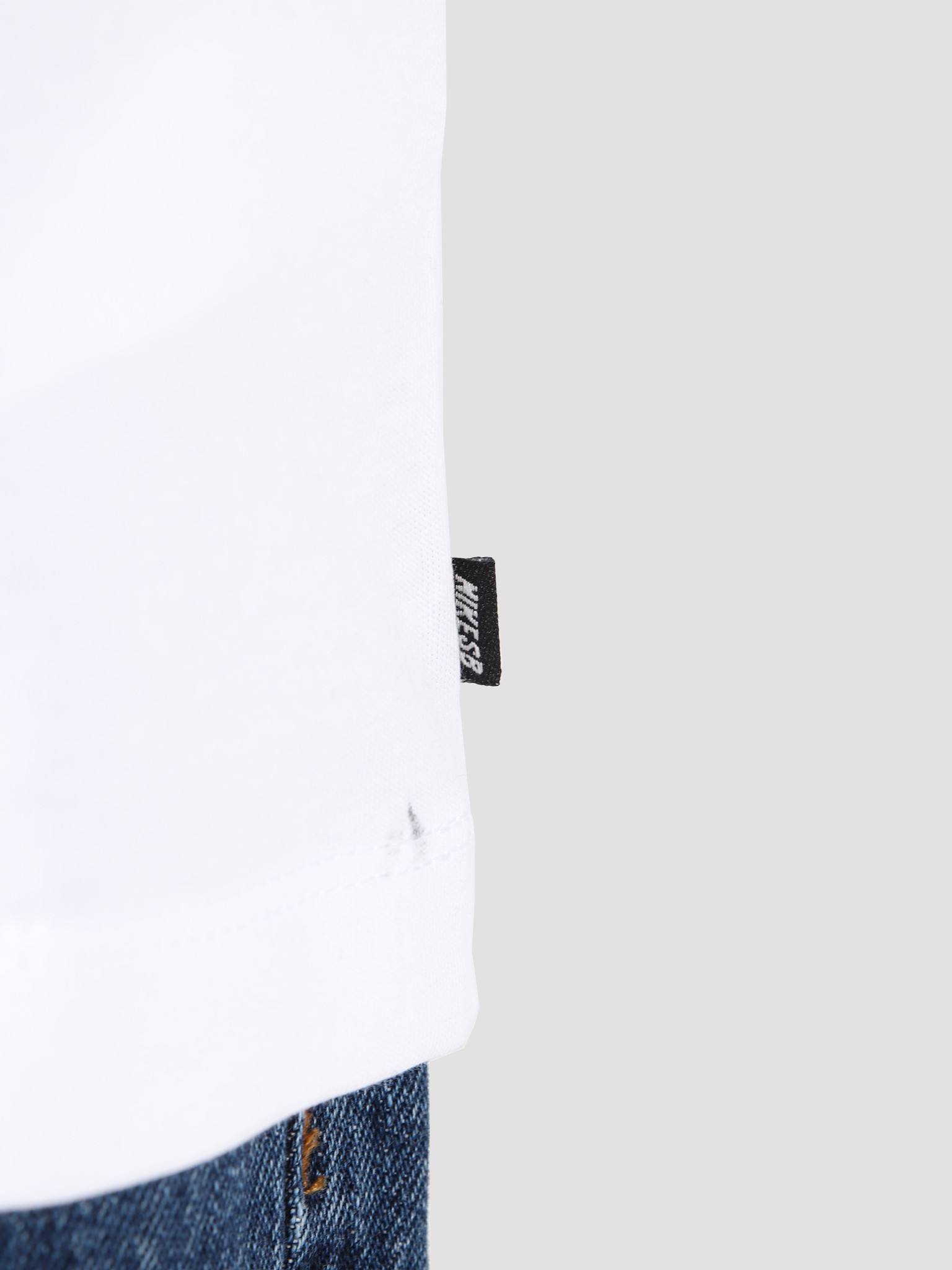 Nike Nike SB T-Shirt White Apparel AR4023-100