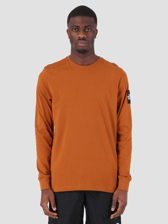 The North Face Fine 2 Longsleeve Caramel Cafe T93BPHUBT