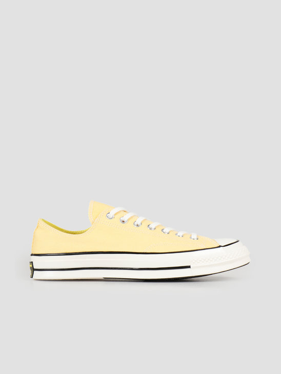 4b1873f7a930 Converse Chuck 70 Ox Butter Yellow Fresh Yellow 164214C ...