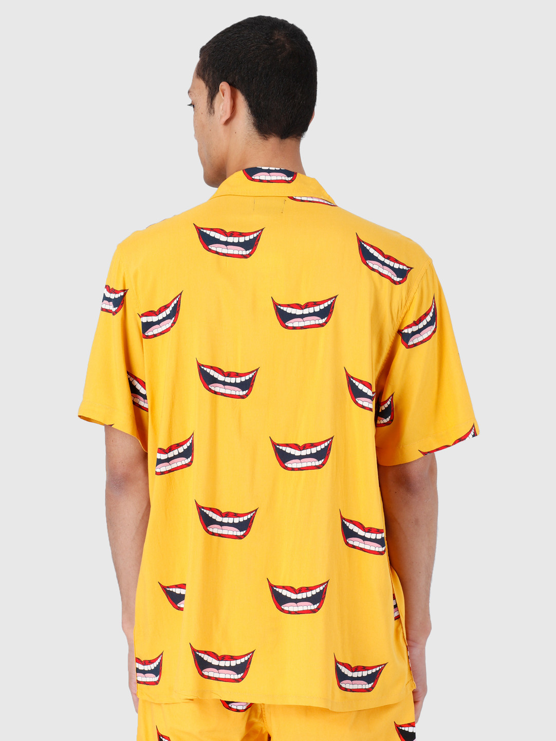 Obey Obey Lips Woven T-Shirts Mineral Yellow Multi 181210246-MRL