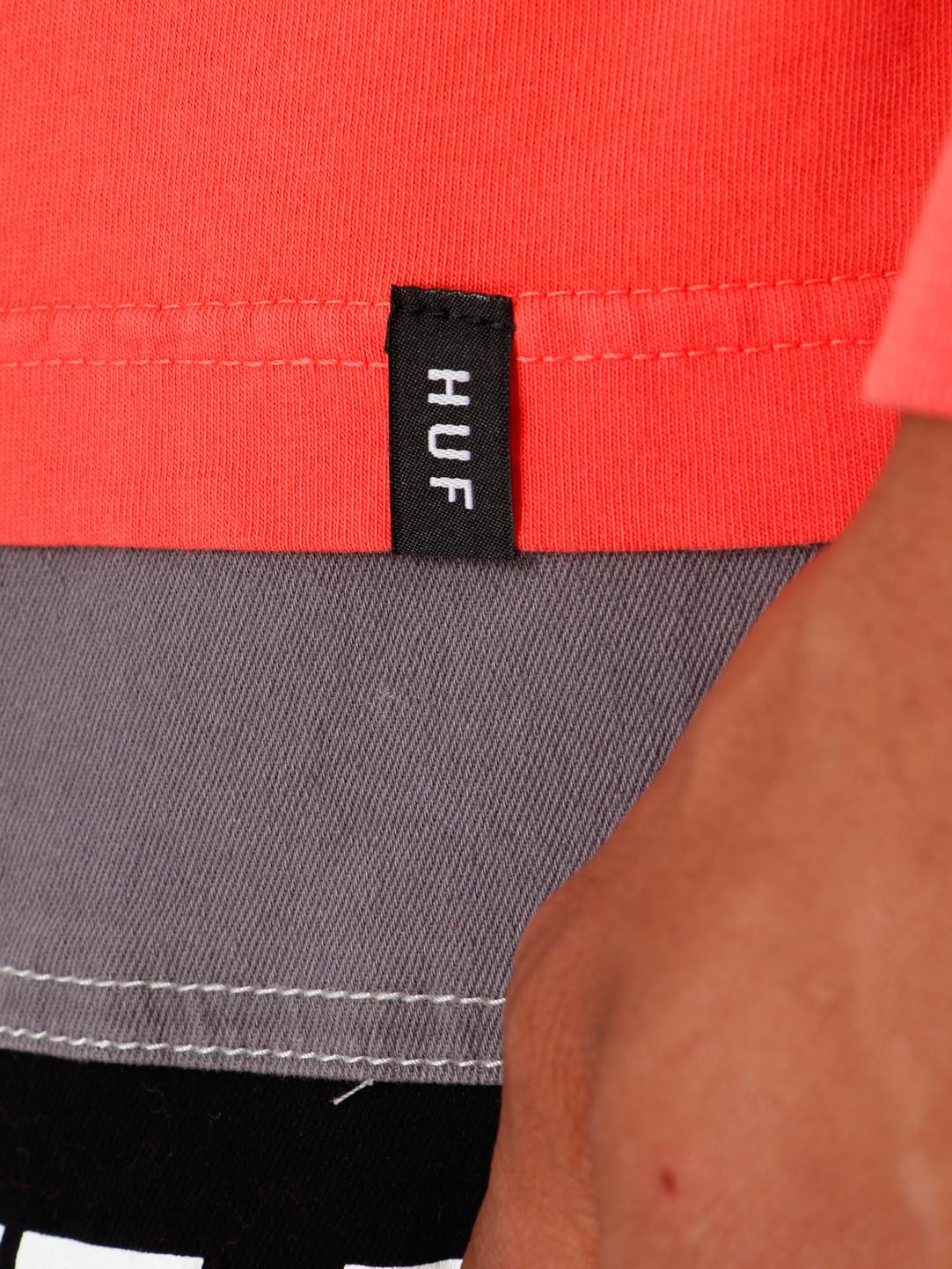 HUF HUF Essentials TT Longesleeve Cayenne TS00506