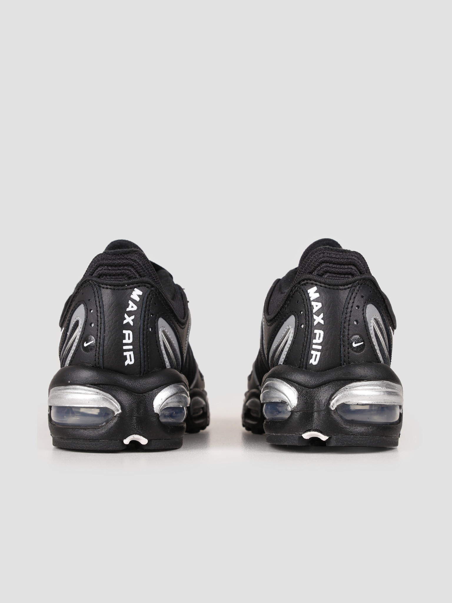 Nike Nike Air Max Tailwind Iv Black White Metallic Silver AQ2567-003