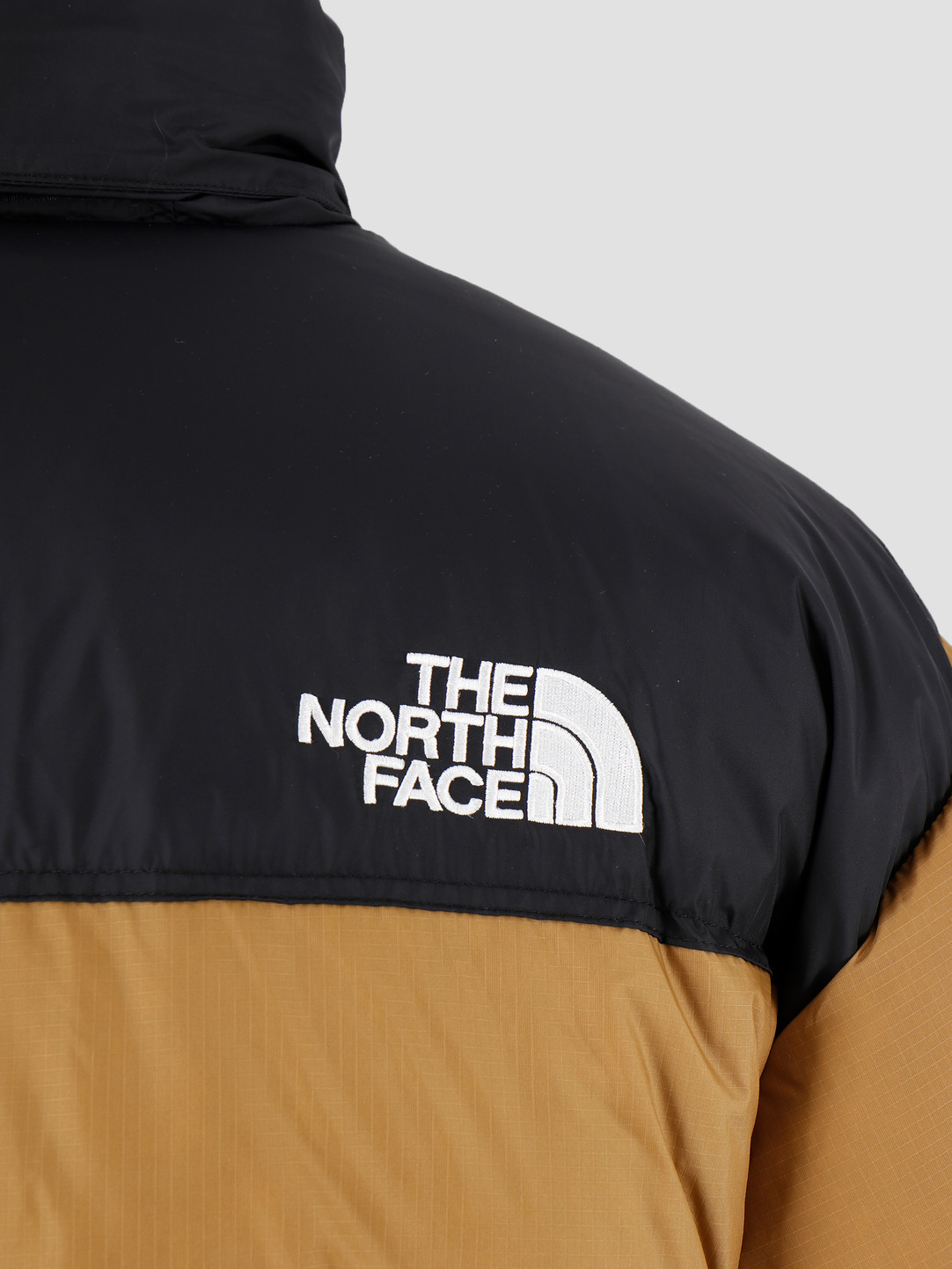 The North Face The North Face 1996 Retro Nuptse Jacket British Khaki T93C8DD9V