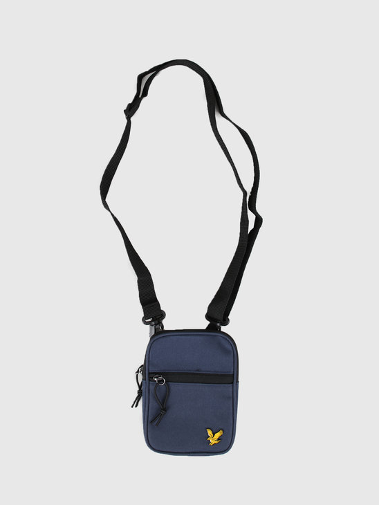 Lyle and Scott Mini Messenger Z99 Navy BA1100A