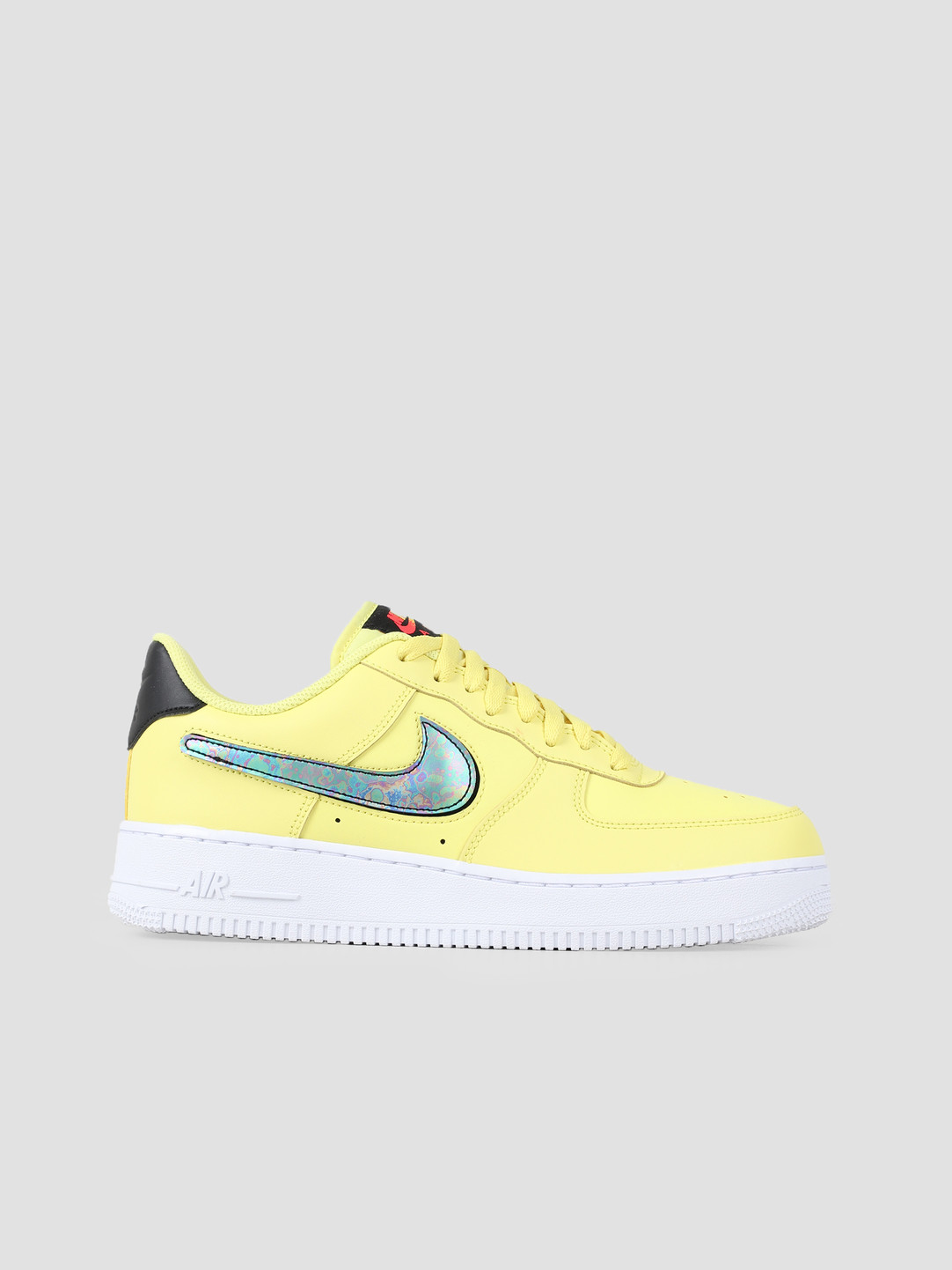 tout neuf 8f1eb 2e53b Nike Air Force 1 07 Lv8 3 Yellow Pulse Black White White CI0064-700