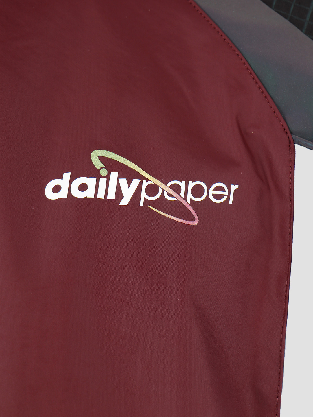 Daily Paper Daily Paper Gasah Top Aubergine Black Reflective 19F1TO16-01
