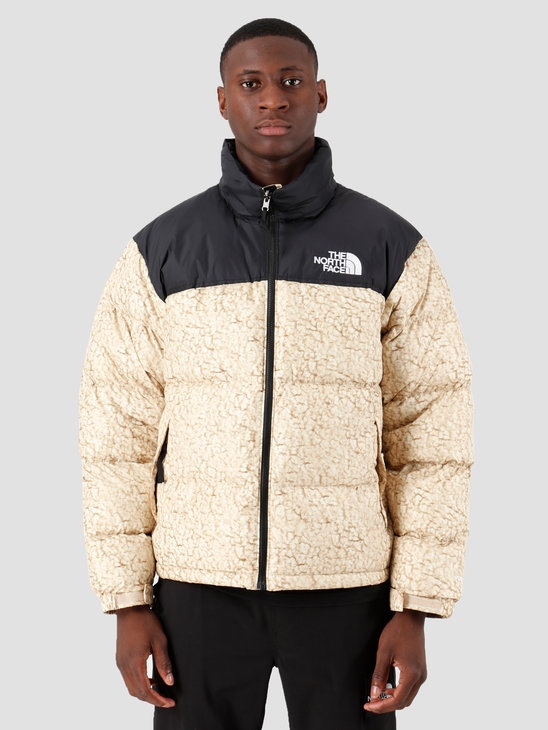 The North Face 1996 Retro Nuptse Jacket White Sherpa Print T93C8DF3X