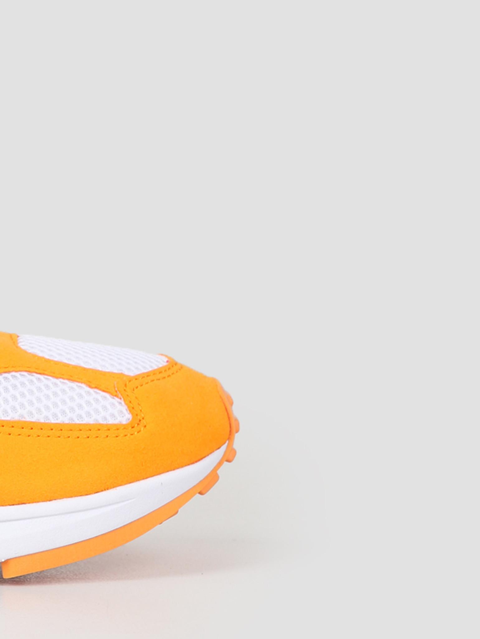 Nike Nike Air Ghost Racer Orange Peel Aphid Green Pure Platinum AT5410 800