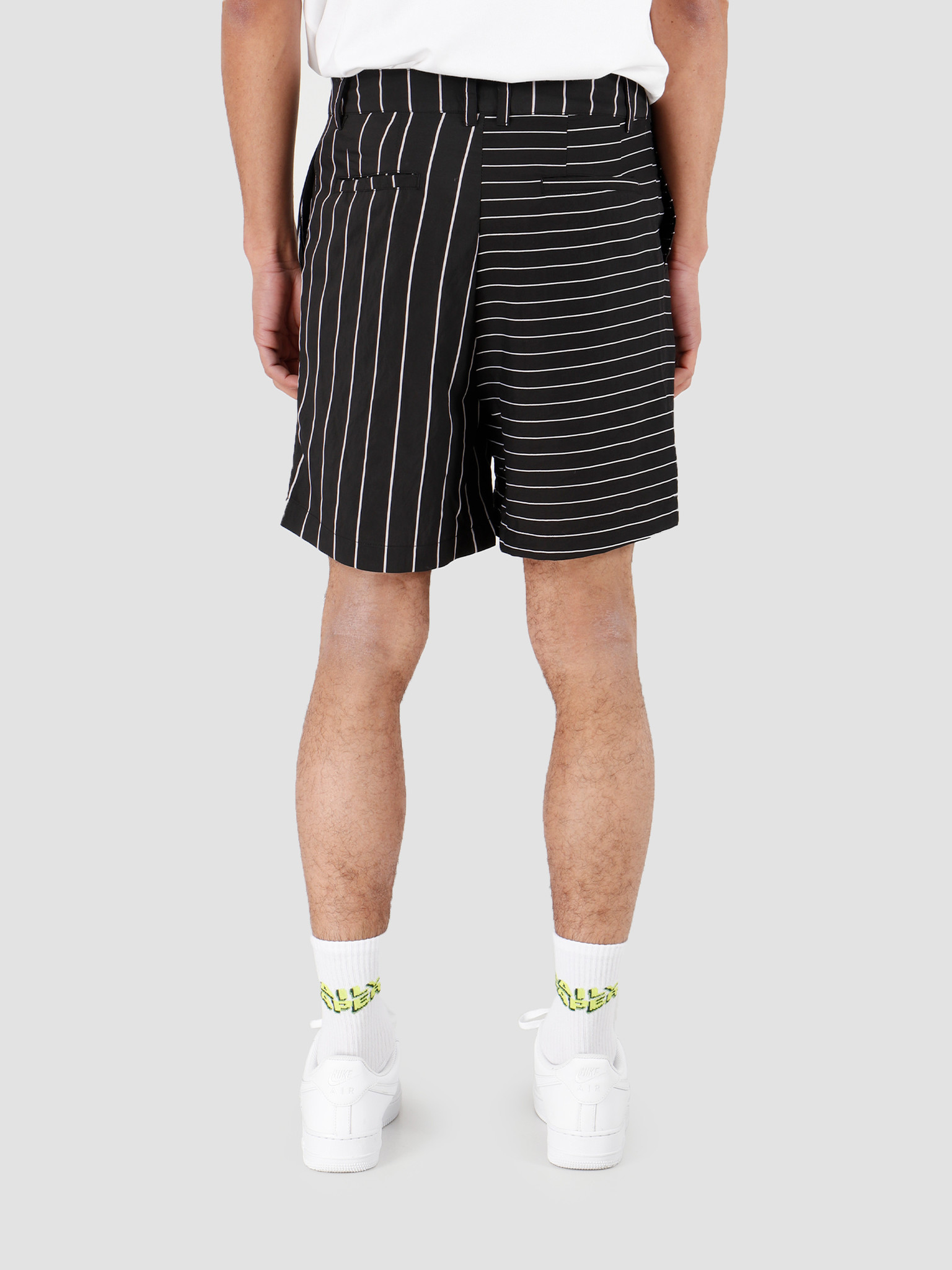 Daily Paper Daily Paper Hori 3 Short Black Stripe 20S1ST01-04