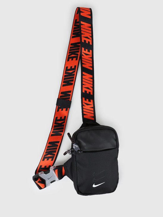 Nike Sportswear Essentials S Hip P Black Black White BA5904-010