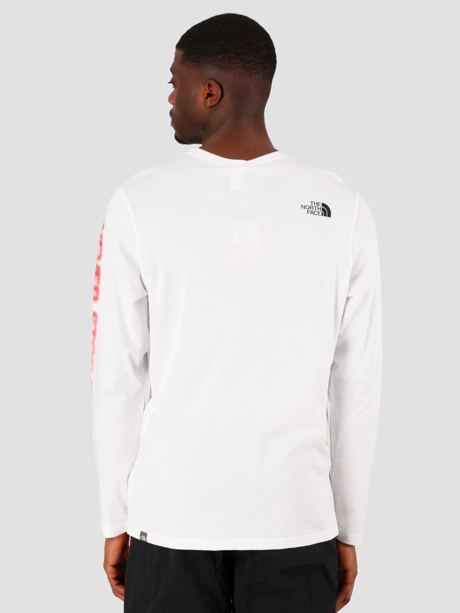 The North Face The North Face Longsleeve Graphic Flow TNF White TNF Black NF0A4927LA91