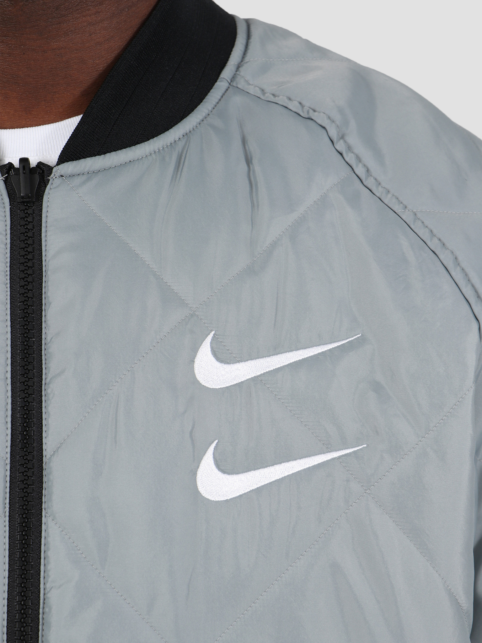 Nike Nike NSW Swoosh Bomber Jacket Woven Black Particle Grey White CJ4875-010
