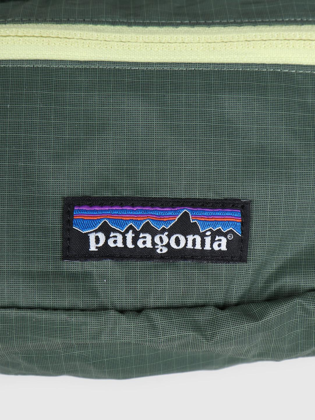 Patagonia Patagonia Ultralight Black Hole Mini Hip Pack Camp Green 49447