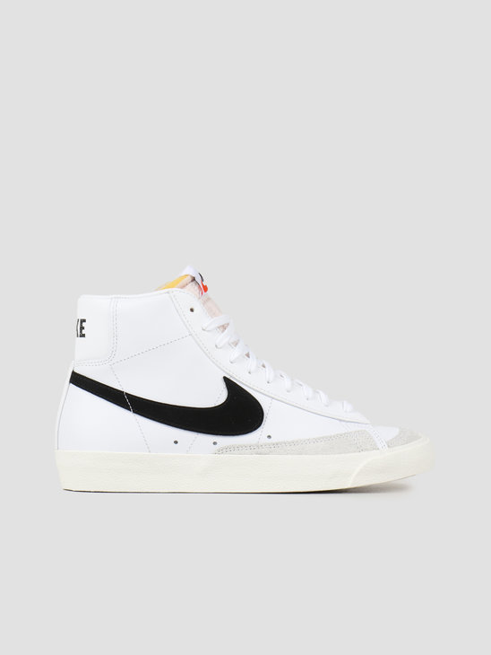 Nike Blazer Mid '77 Vintage White Black BQ6806-100