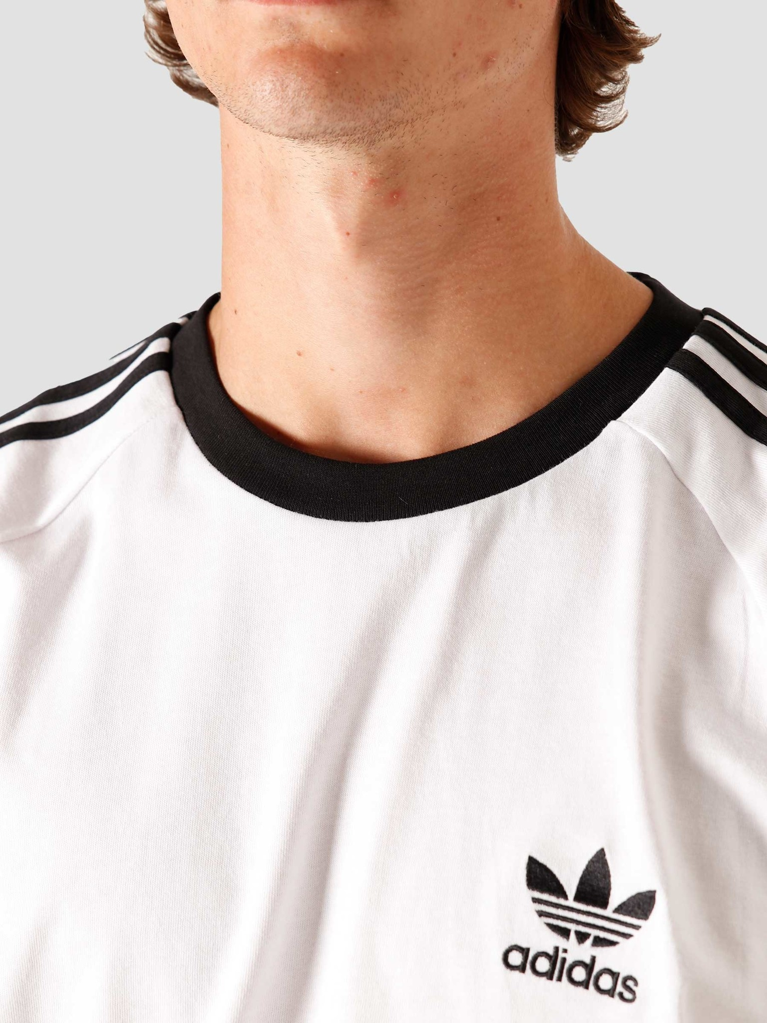 A menudo hablado África dilema  adidas 3-Stripes T-Shirt White CW1203   FRESHCOTTON