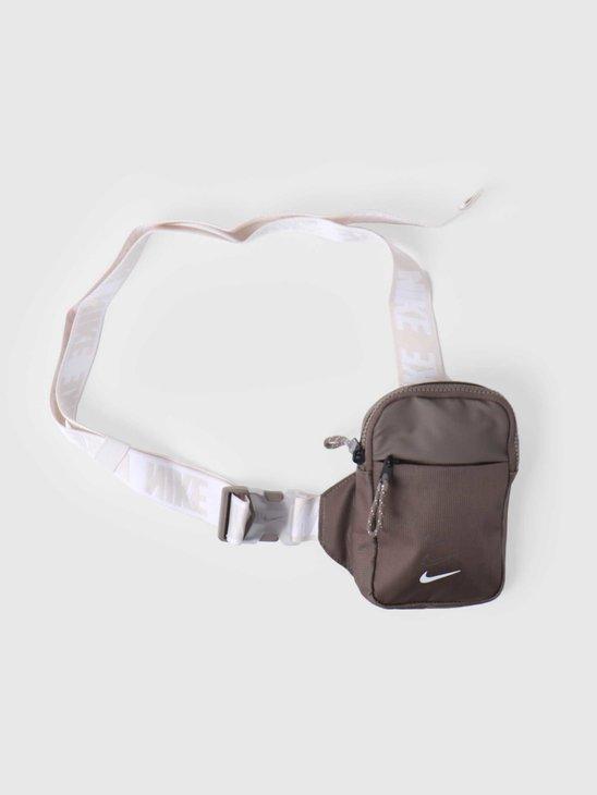 Nike U Sprtswr Essentials S Hip P Olive Grey Olive Grey White BA5904-040