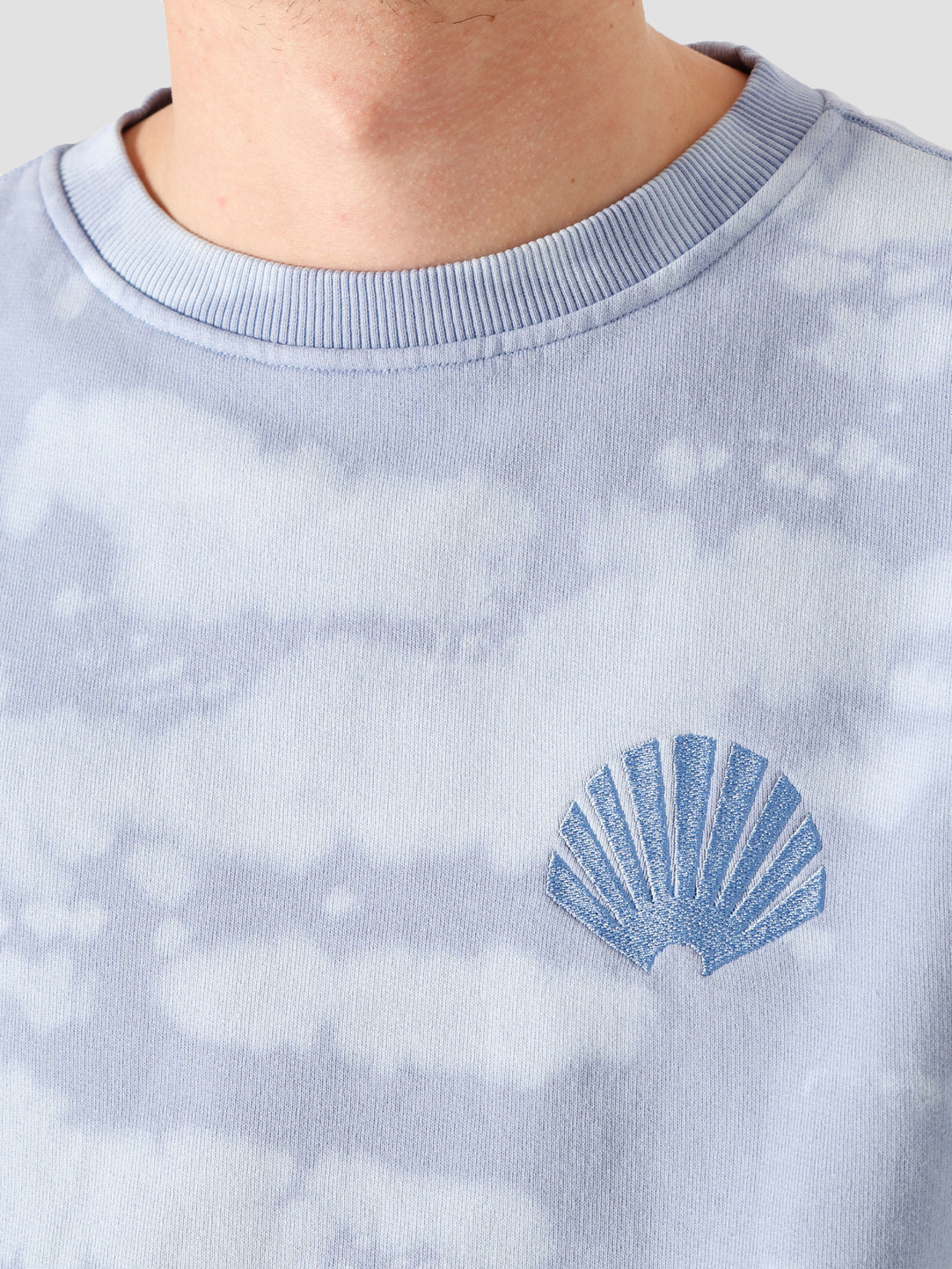 New Amsterdam Surf Association New Amsterdam Surf association Logo Sweat Sky 2021046