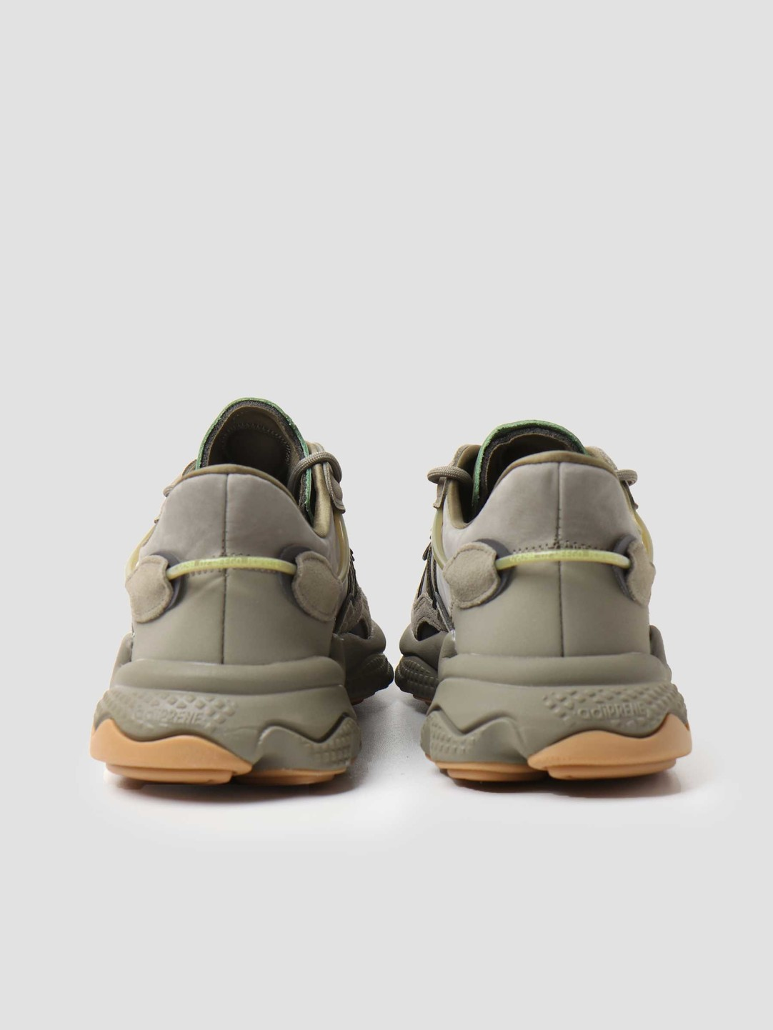 adidas adidas Ozweego Trace Cargo Night Cargo Raw Khaki EE6461