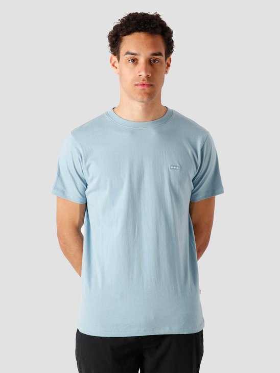 Quality Blanks QB03 Patch Logo T-shirt Dusty Blue