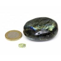 thumb-Labradoriet Knuffelsteen 71 gram-2