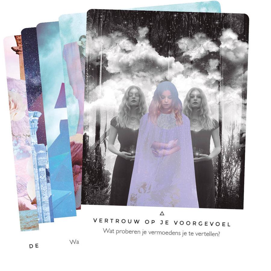 Verlicht je Geest Orakelkaarten - Rebecca Campbell-4