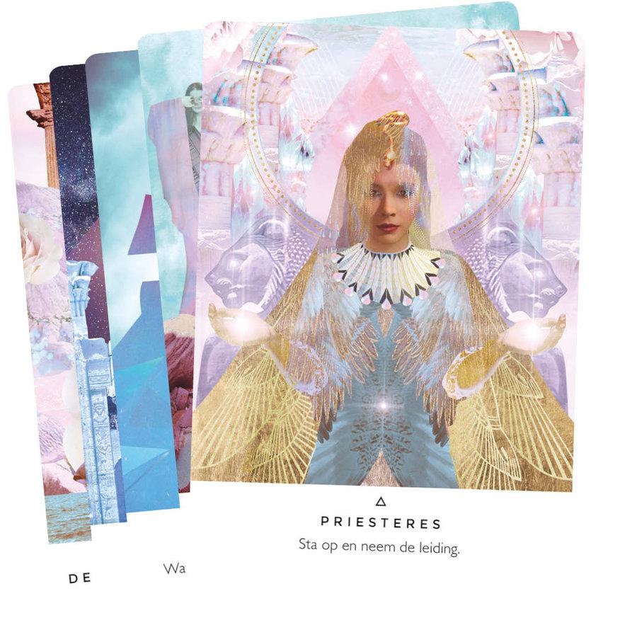 Verlicht je Geest Orakelkaarten - Rebecca Campbell-2