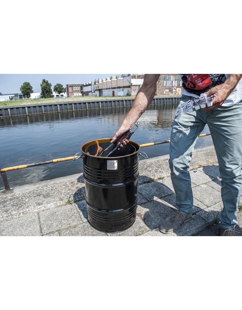 BarrelQ Der BarrelQ Notorious Small 60 Liter Holzkohlegrill, Feuerstelle, und Tischplatte