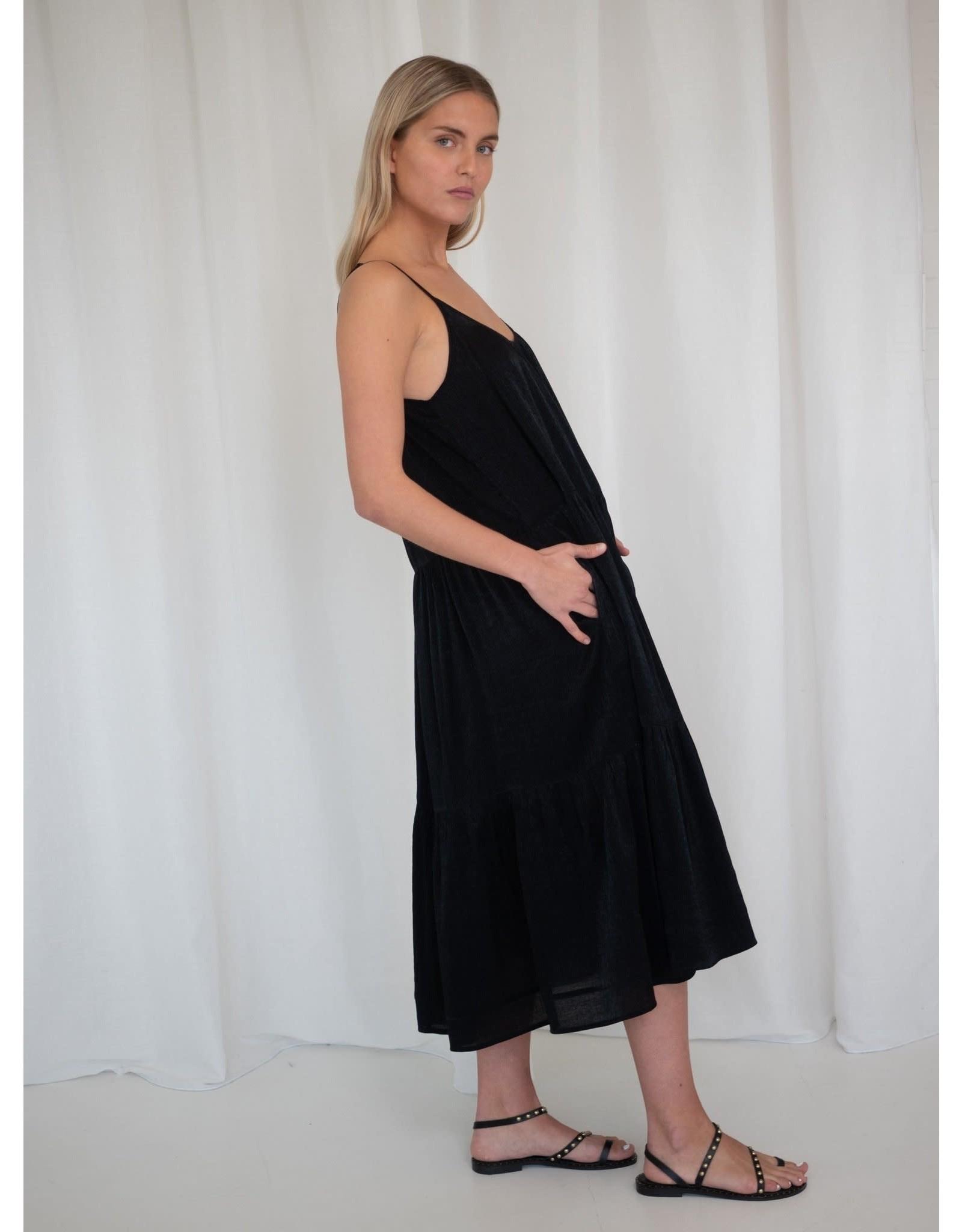 LIV THE LABEL DRESS CHIRO BLACK