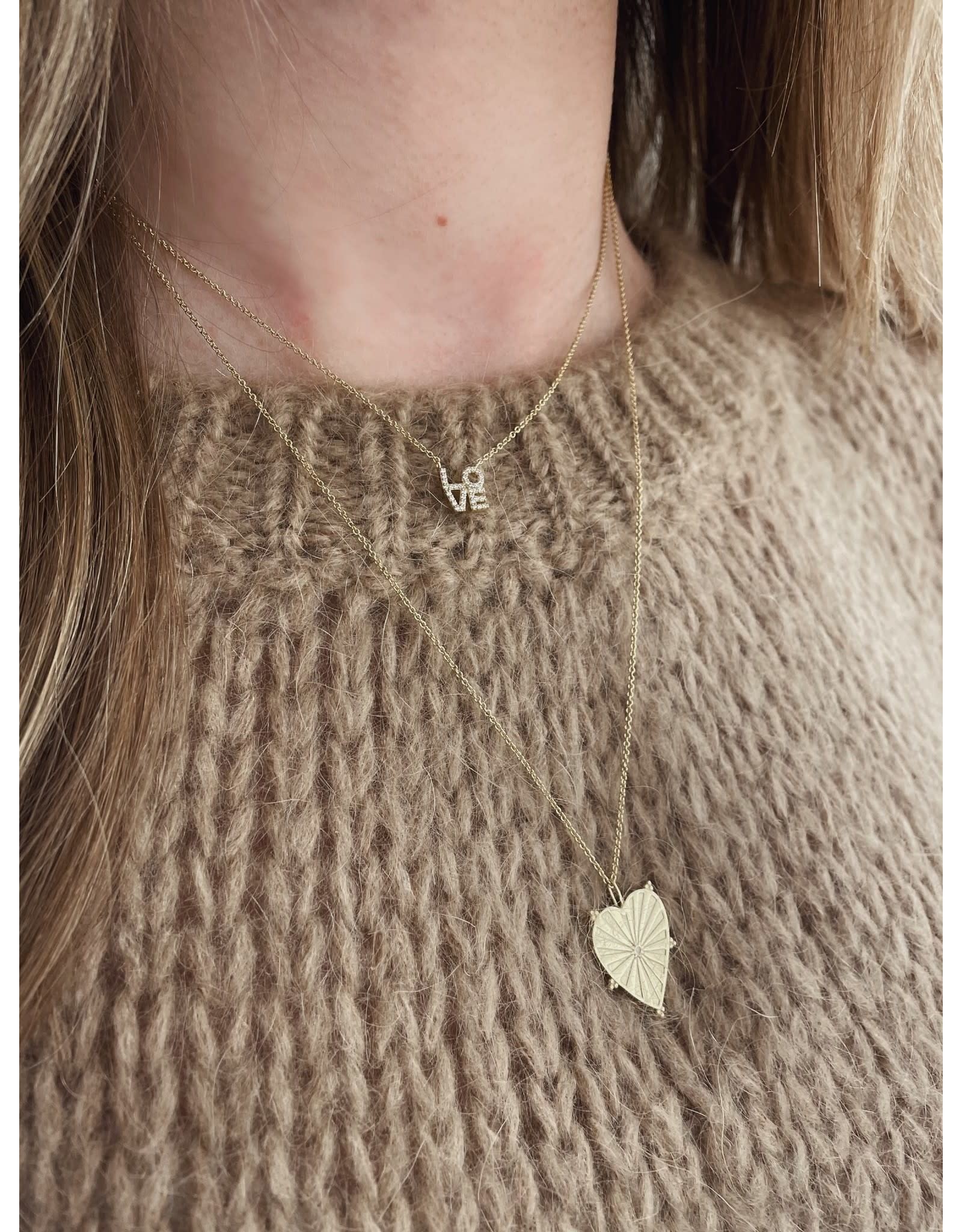 NECKLACE ROMA LOVE
