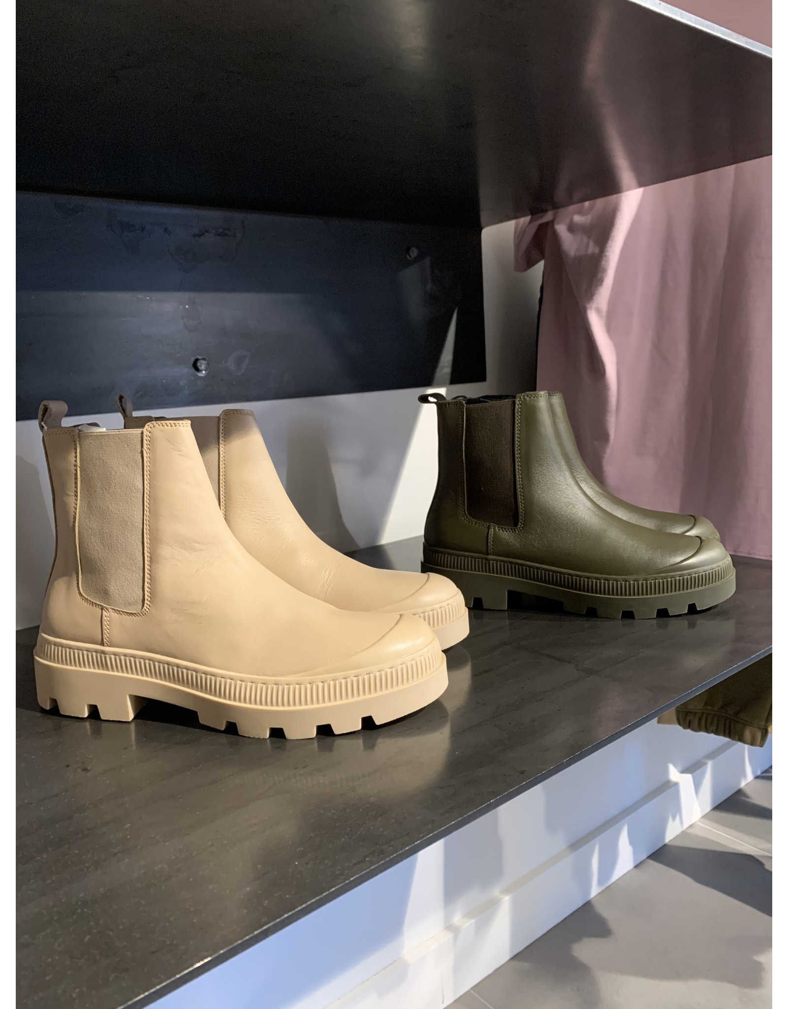 LIV THE LABEL CITY BOOT OLIVE