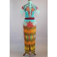 Kebaya turquois balinese stijl met bijpassende sarong