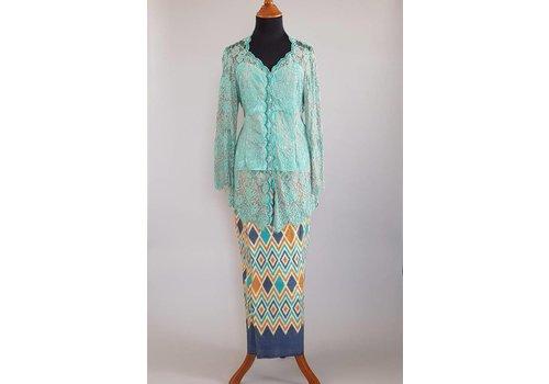 Kebaya klassiek turquoise met bijpassende sarong
