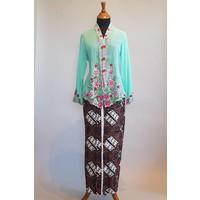 Kebaya nyonya turquoise met bijpassende sarong