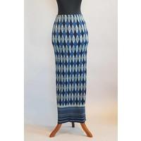 Kebaya licht blauw geborduurd met bijpassende sarong