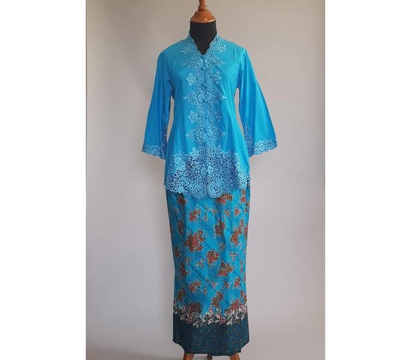 Kebaya blauwe zee met bijpassende sarong