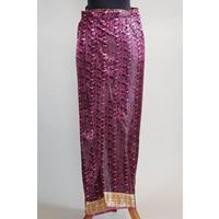 Kebaya glamour oude roze met bijpassende wikkel sarong