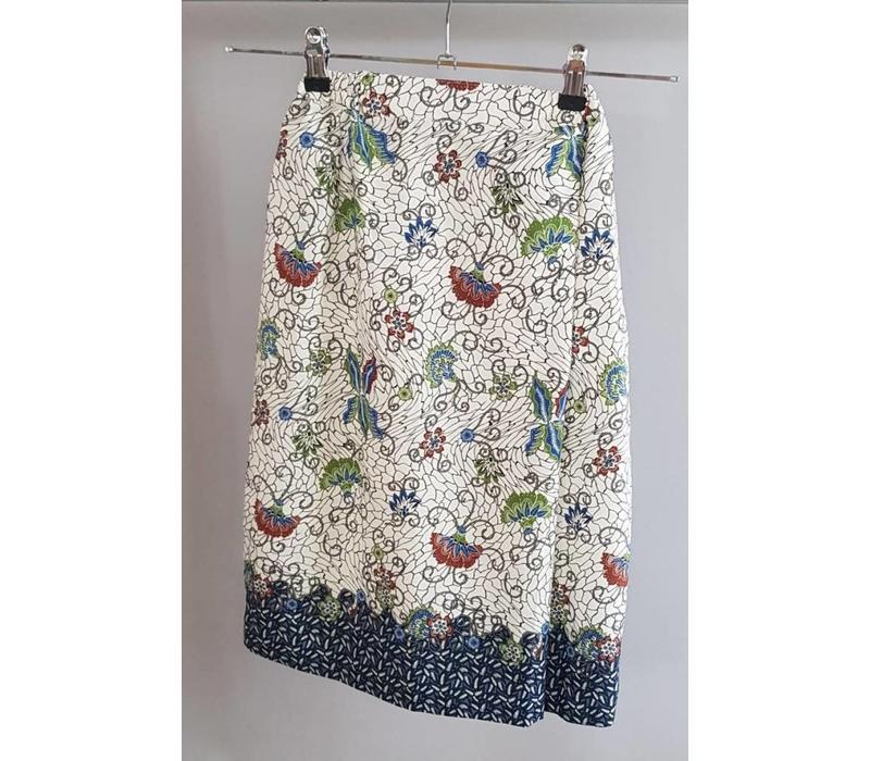 Kinder kebaya 15096 met bijpassende sarong