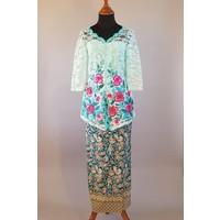 Kebaya elegant turquoise 3/4 mouw met bijpassende sarong