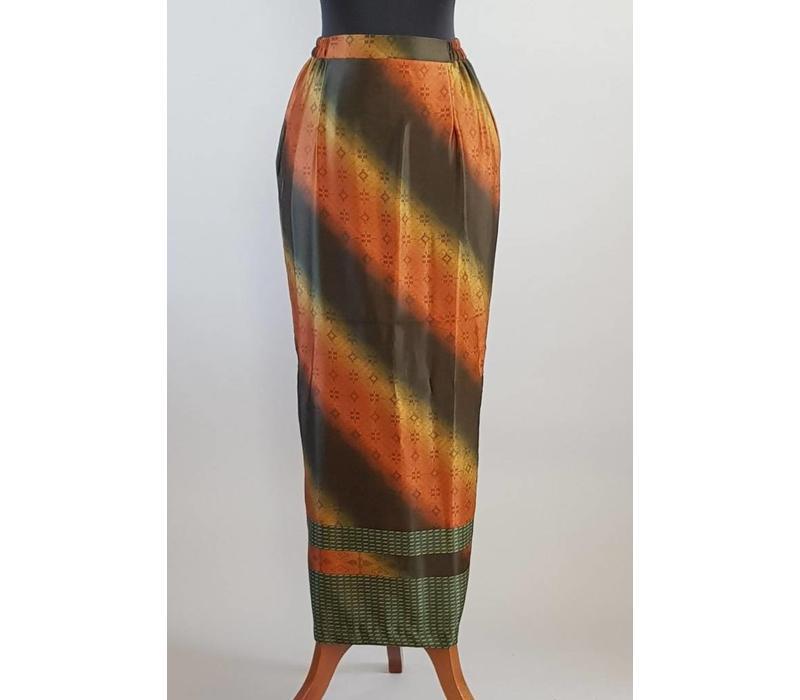 Kebaya asymmetrie groen met bijpassende sarong