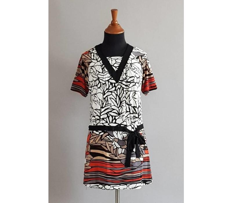 Batik tuniek abstract