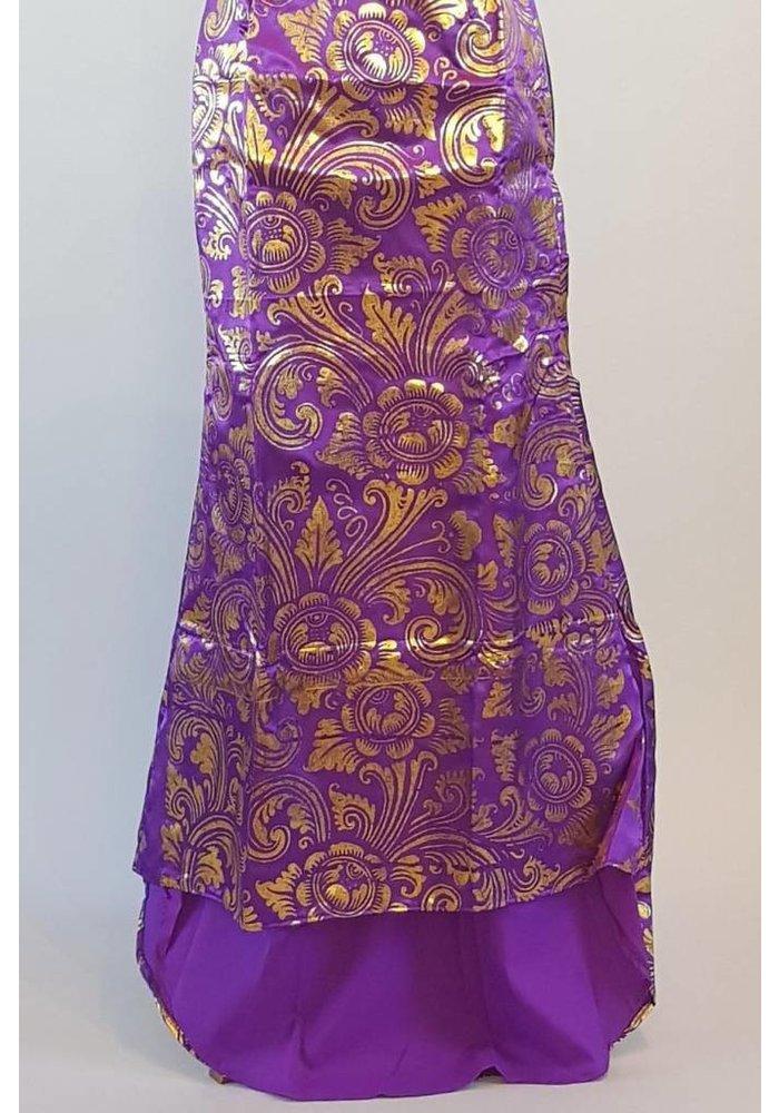 Kebaya donker violet met bijpassende lange rok