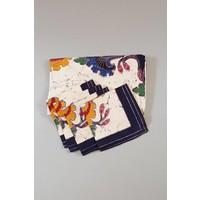 Rond batik tafelkleed paars