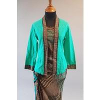 Kebaya batik groen met bijpassende sarong