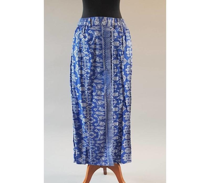 Kebaya batik blauw met bijpassende sarong