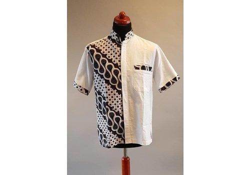 Witte hemd korte mouw met batik print