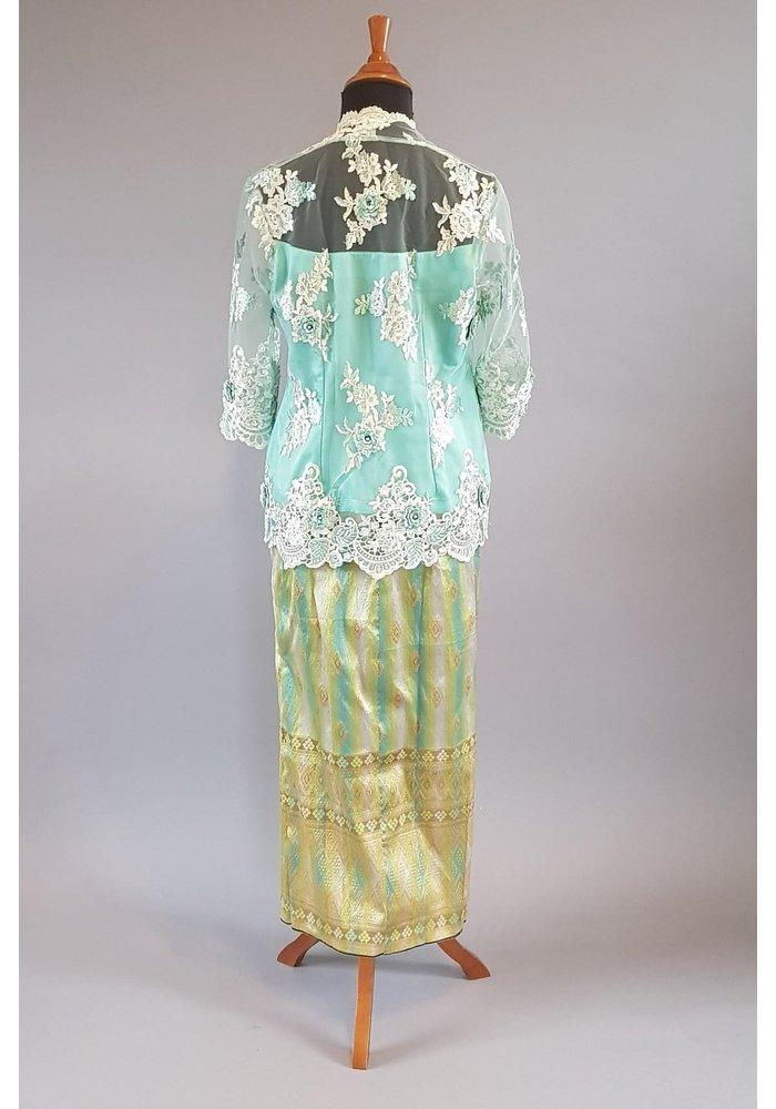 Kebaya elegant aqua groen met bijpassende sarong